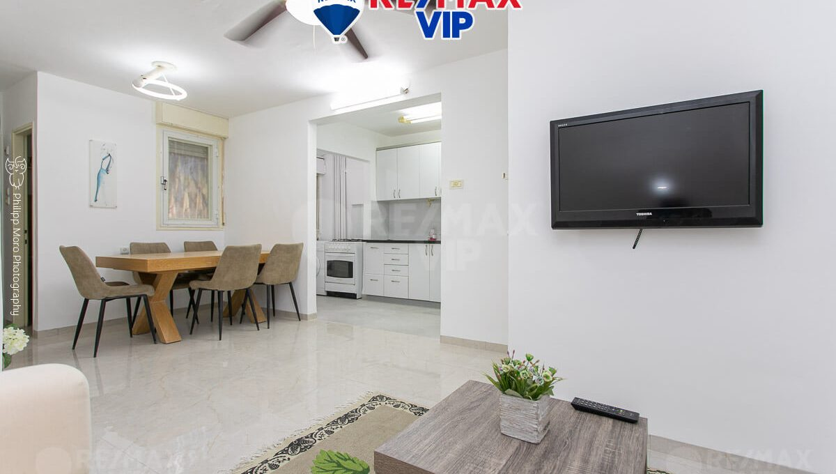 for-rent-dovnov-1-haifa-living-room